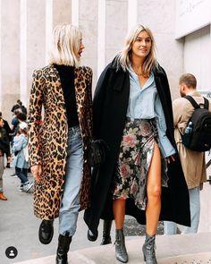 Awesome outfit idea to copy ♥ For more inspiration join our group Amazing Things ♥ You might also like these related products: - Tops, Tees, Blouses ->. Fast Fashion, Fashion Week, Look Fashion, Fashion Outfits, Womens Fashion, Fashion Trends, Fashion Ideas, Fashion Tips, Fashion Foto