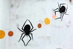 black spiders and orange circles halloween garland - 9 feet. $10.00.