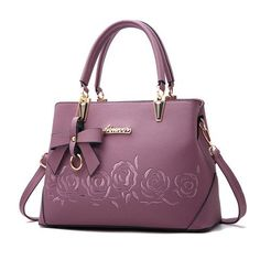 dafc32f5de4da Floral Crossbody Bag. HandtaschenLuxusFrauPrada ...