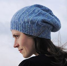 Michele hat. A free pattern, courtesy of Ravelry. Designed by  Sarah Punderson