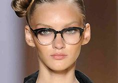 Hiding your face under a thick pair of lenses? Not anymore! Let your face shine through and use the glasses to your advantage. Here are some amazing and easy ways to wear makeup with your glasses. Rock the Thick Lashes Use dry and waterproof mascara to avoid getting mascara smudges on your lenses. Add a …