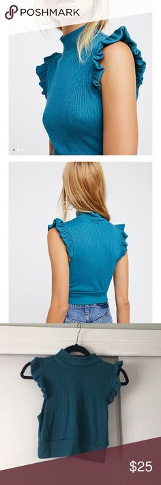Free People Betsy Crop Top size medium. Teal blue. Free People. NWOT Free People Tops Crop Tops