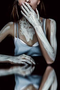 Artistic Cosmetics - Wave Models face Konstancja pulls off a range of artistic cosmetics in Atlas Magazine's latest editorial exclusive. Titled 'Don't...
