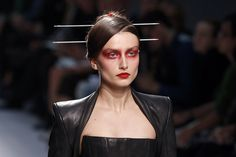 What do you think of this makeup? Gareth Pugh, Glamour, Red Eyes, Blade Runner, Fashion Models, My Style, Spring, Makeup, Image