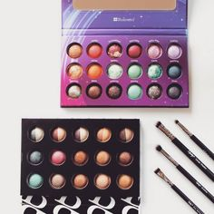 Preppin' for Friday makeup with Bh Cosmetics Galaxy Chic and Baked & beautiful! Which one would you prefer? Bh Cosmetics Galaxy Chic, Eye Makeup Brushes, Brush Set, Eyeshadow, How To Apply, Friday, Beauty, Beautiful, Eye Shadow