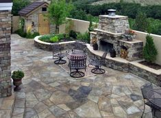 Discover simple to maintain and durable outdoor space inspiration with the top 60 best flagstone patio ideas. Modern Backyard, Backyard Patio Designs, Patio Ideas, Courtyard Ideas, Diy Patio, Backyard Landscaping, Backyard Ideas, Garden Ideas, Small Patio Spaces