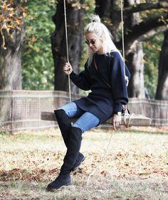 Knitdress #knit #knitwear #knitdress #hamburg #elbe #leaves #lotd #ootd #marcjacobs #overknees #fallinspiration #denim #fashion #blogger #bloggerstyle #andotherstories