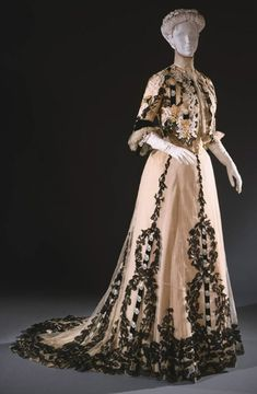 Dinner Dress (Reception Dress) Made Of Silk Tulle, Chiffon, Taffeta And Velvet, Designed By Gustave Beer (Born Germany, Active 1905-1929) - Made In Paris, France   c. 1902-1907  -  Philadelphia Museum Of Art