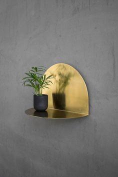 Salon Maison et Objet 2018 : une forme séduisante et une matière lumineuse pour cette étagère ENOstudio