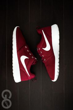 MAROON SHOES!!! DAMN ILOVE IT #NIKE this would be great with my aggies sweater