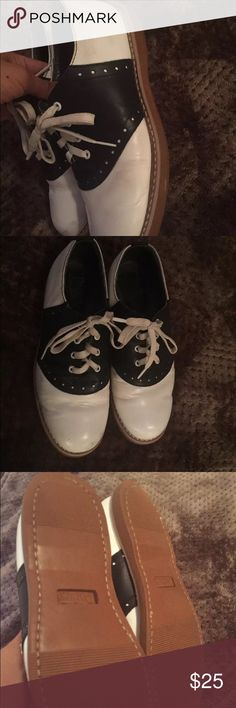 Oxford shoes size 4 women's size 6 leather Oxford shoes leather size 4/ women's size 6 Multi colors oxford  Shoes Flats & Loafers