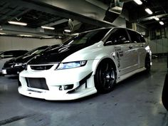 JDM Honda Odssey RB1, I wish I can get this van in US!