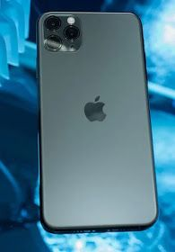iPhone eleven Pro: