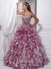 26719 Quinceañera by House of Wu