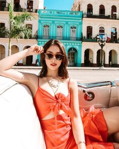 The Best Looks from Julia Barretto's Trip in South America - Star Style PH Filipina Actress, Filipina Girls, Filipina Beauty, Chic Summer Outfits, Chic Outfits, Julia Baretto, Cute Love Memes, Star Fashion, Women's Fashion