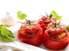 poivre, poivre, oeuf, tomate, tomate, farine, concentré de tomate, huile d'olive, porc, basilic frais, ail, persil, sel, sel, crème fraîche allégée