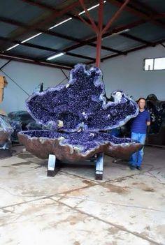 Amethyst giant