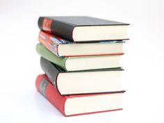 livros+empilhados.jpg (1600×1200)