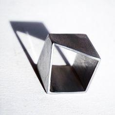 Slash. Anello in alluminio. Linea Cubìco.