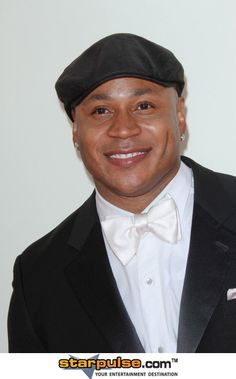 LL Cool J reminds me of someone I know! Broken Nose, Ll Cool J, Kinds Of Music, The Man, Actors & Actresses, Musicians, Rapper, Beautiful People, Eyes