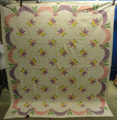 Various Abstract Patterned Machine Stitched Quilt - shopgoodwill.com