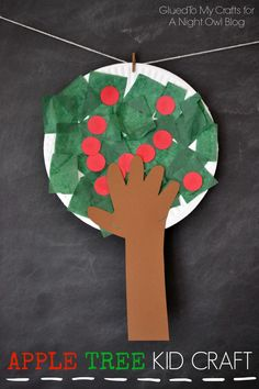 Apple Tree Kids Craft - get your kids excited about Fall with this fun and easy apple picking craft!