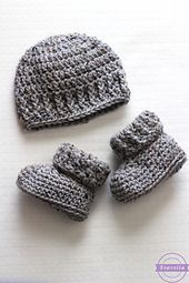 The Parker Newborn Hat is the perfect basic beanie for any little one! It is gender neutral in design and very versatile, as it would be a great base for adding embellishments such as appliques or buttons. This pattern is very beginner friendly and quick to whip up - great for donating!