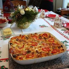 On Christmas morning we often have a slew of relatives who have stayed over from our Christmas Eve dinner the night before, and we always try to serve up a nice brunch to get everyone started on th…