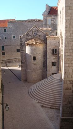 Dubrovnik,Croatia  A travel board about Dubrovnik Croatia. Includes things to do in Dubrovnik, Dubrovnik nightlife, Dubrovnik food, Dubrovnik tips and much more about what to do in Dubrovnik. -- Have a look at http://www.travelerguides.net
