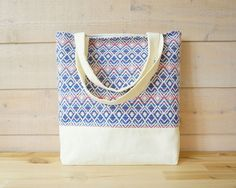 Tote bag - delicate color combo