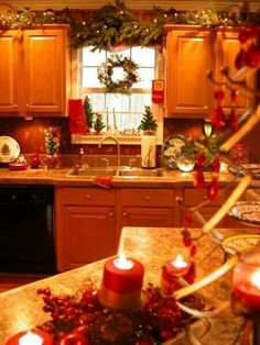christmas decorations for kitchen cabinets 1000 images about kitchen on 8209