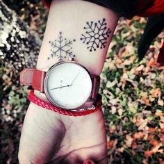 Cute and Artsy Snowflake Tattoos (20)