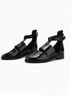 new style b4074 5d9ae Ladies Shoes Pic  shoesaddict Svarta Skor, Skor Sandaler, Modeskor, Skor,  Boots