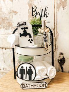 Bathroom Tray, Rustic Bathroom Decor, Farmhouse Decor, Bathroom Ideas, Tray Styling, Tiered Stand, Tray Decor, Decor Crafts, Tier Tray