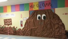Candy Land Gloppy @aholden1306 what even if we did down our hallway at the top the big pieces of colored paper