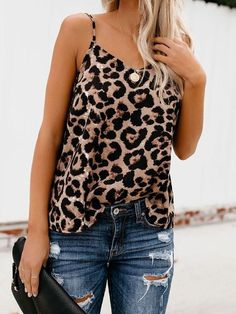 2019 New Sexy Women Summer Casual Tank Vest Leopard Tops Vest Sleeveless Strap Leopard Print Tank Camisoles V-neck Clubwear Tank Grunge Outfits, Casual Outfits, Cute Outfits, Fashion Outfits, Teen Outfits, Lolita Fashion, Fashion Fall, School Outfits, Fashion Clothes