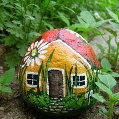 cailloux décorés en forme de maison