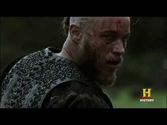 a clash of caps. Ragnar watching out for Tosti. Then he checks again when he departs for Vallhalla. Vikings Hbo, Watch Vikings, Vikings Season 5, Vikings Tv Series, New Movies 2018, Latest Movies, Movies Online, Movies And Series, Hbo Series