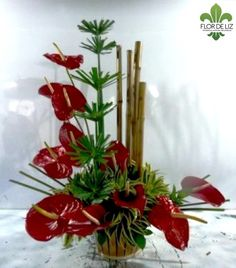 1000 ideas about tropical floral arrangements on - Centros florales modernos ...