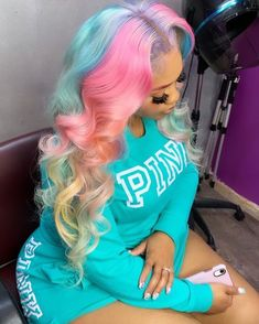 Baddie Hairstyles, Pretty Hairstyles, Updo For Medium Length Hair, Blond, Curly Hair Styles, Natural Hair Styles, Hair Styles Weave, Pretty Hair Color, Hair Laid