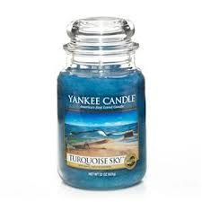 Yankee Candle Turquoise Sky Scented Premium Paraffin Grade Candle Wax with up to 150 Hour Burn Time, Large Jar Bougie Yankee Candle, Yankee Candle Scents, Yankee Candles, Perfume, New Yankee, Sent Bon, Candle Accessories, Gras, Candle Wax