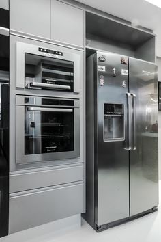 Modern Bar, Modern Kitchen Design, Modern House Design, Interior Exterior, Kitchen Interior, French Country House Plans, House Front Design, Fancy Houses, Commercial Design