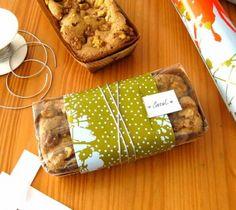 Idéia para embalar o bolo inglês de limão e maçã