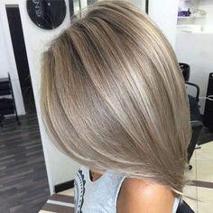 champagne blonde hair on Somegram Posts, Videos & Stories . Medium Blonde Hair, Brown Blonde Hair, Blonde Color, Hair Color, Brunette Color, Hair Highlights, Color Highlights, Balayage Hair, Honey Balayage
