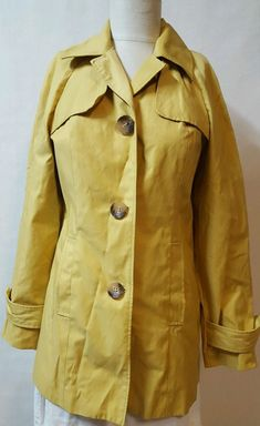 8a3c3b5ef2 Yellow Duster Swing Jacket Coat Size 6 3 Buttons Pockets Chelsea  amp   Theodore  ChelseaTheodore