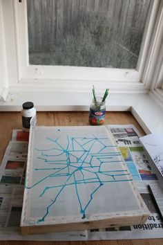 screen print using drawing liquid and filler (onto fabric)