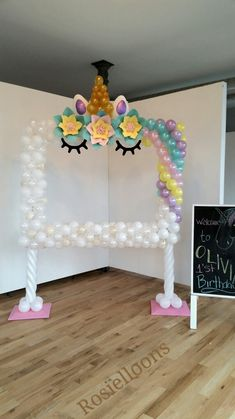 Unicorn backdrop Unicorn Photos, Balloon Decorations, Unicorn Birthday Decorations, Unicorn Birthday Parties, Birthday Party Themes, Birthday Ideas, Party Frame, Photo Booth Frame, Arco Iris