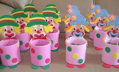 Fazer lembrancinhas de festa infantil em EVA além de econômico ainda proporcionará momentos descontraídos para você enquanto estiver desenvolvendo-as (Foto: Divulgação)