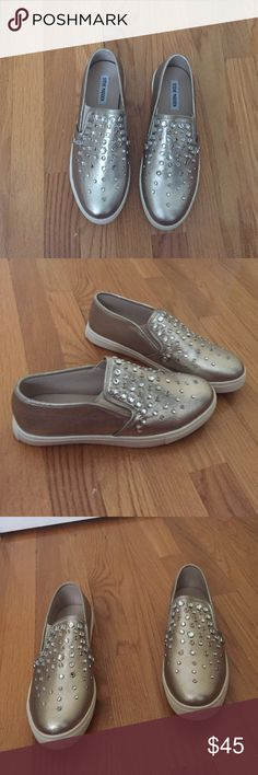 Steve Madden shoes Never worn out they are very cute hope whoever gets them likes them as much as I do sadly I have to earn money & clean my closet out Steve Madden Shoes