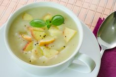 Bacon Lasagna, Parsnip And Apple Soup, Soup Recipes, Vegan Recipes, Yummy Recipes, A Food, Food And Drink, Sweet Cooking, Happy Foods